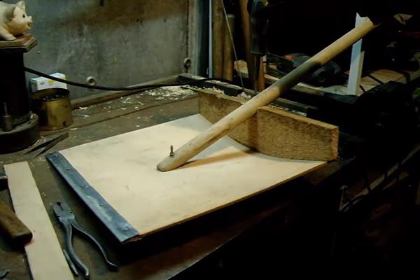 Как сделать деревянную мотыгу фото 644