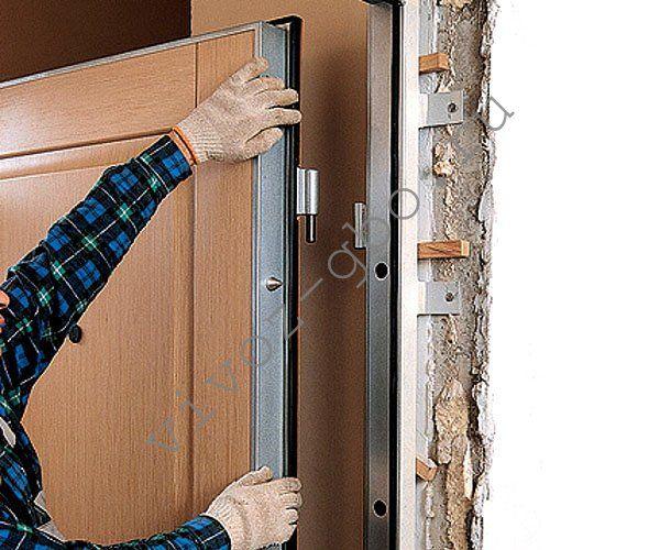 Как поменять дверь в туалете своими руками